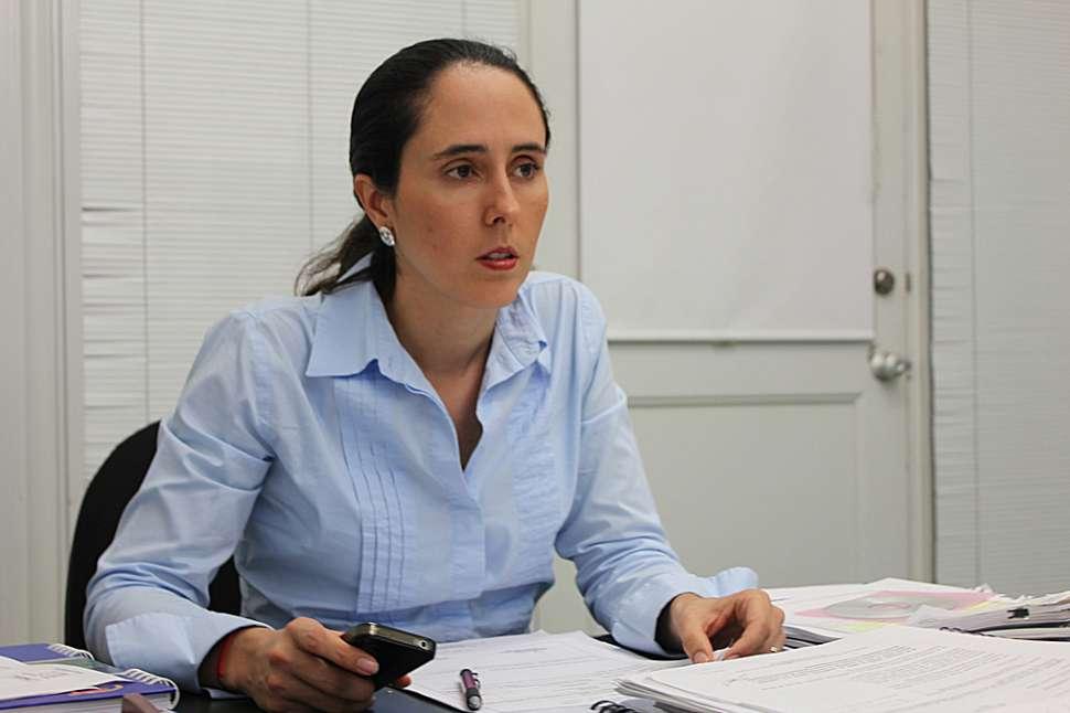 Por amenazas, refuerzan seguridad de presidenta de Metrocali