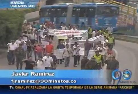 Usuarios del MIO marcharon en protesta por un mejor servicio