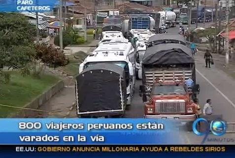 Turistas peruanos, atrapados en medio del bloque por el paro