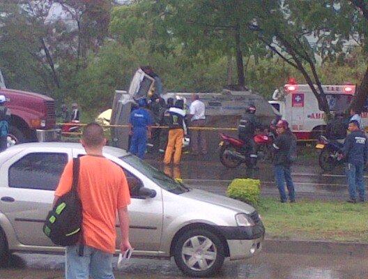 Dos heridos en accidente de tránsito en la  vía Cali-Yumbo
