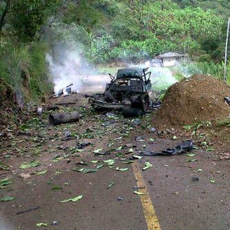 Atentado en la vía entre Caloto y Toribío deja dos muertos