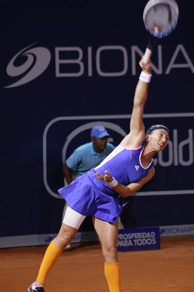 Catalina Castaño ganó y avanza a cuartos de final en la Bionaire