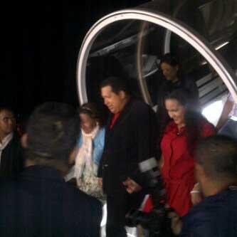 Presidente Hugo Chávez está de regreso en Venezuela