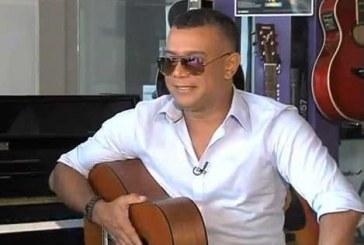 Entrevista con el cantante y compositor, Juan Carlos Coronel