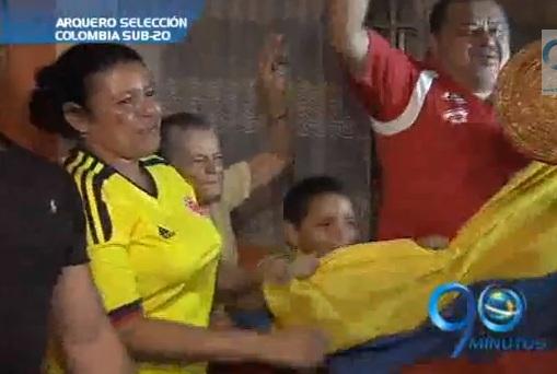 La familia del arquero Luis Hurtado celebró su campeonato Sub-20