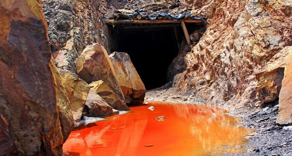 Operativo contra minería ilegal en el cerro de La Bandera