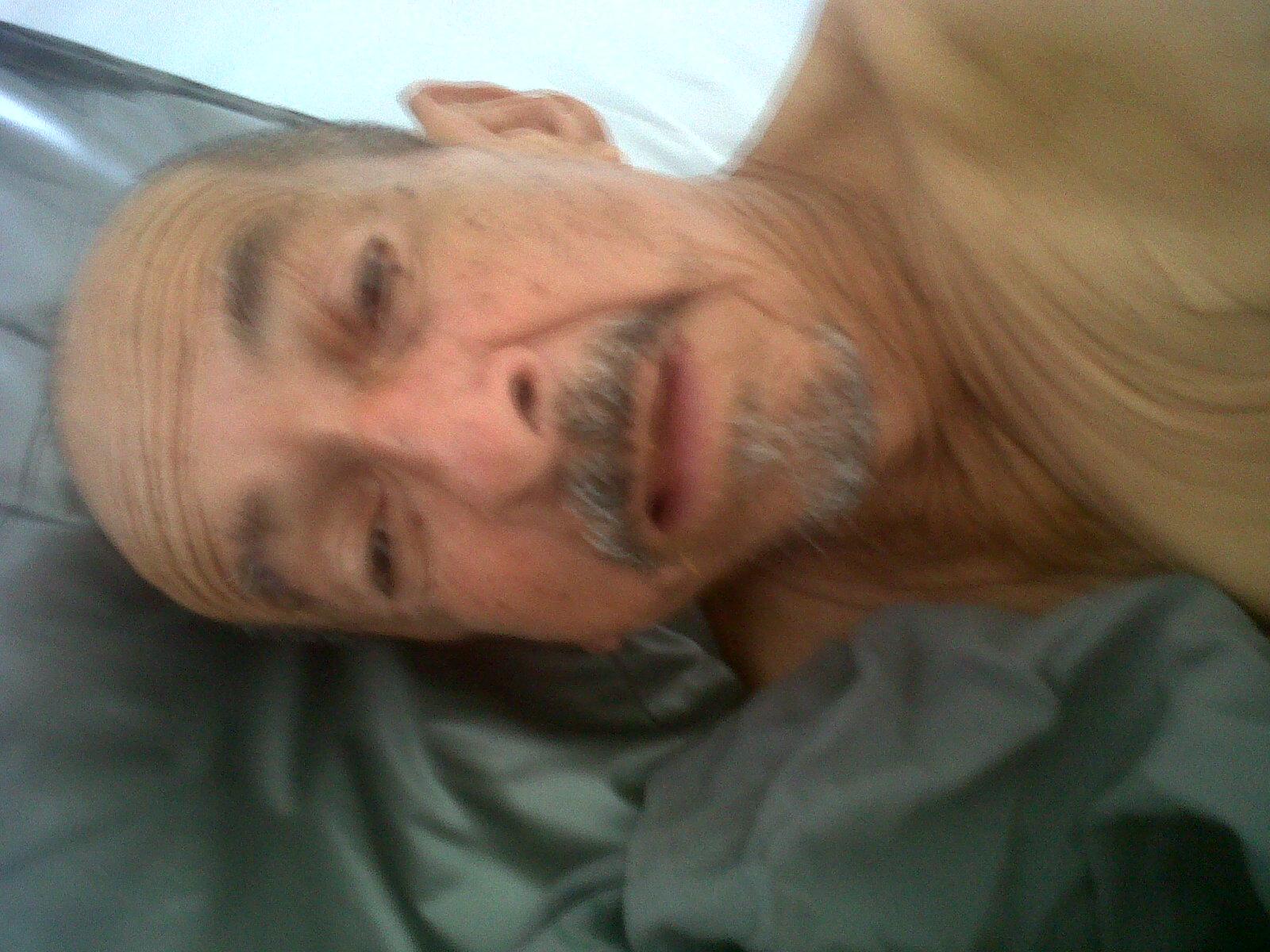José Leonel Morales, paciente del HUV, busca a su familia