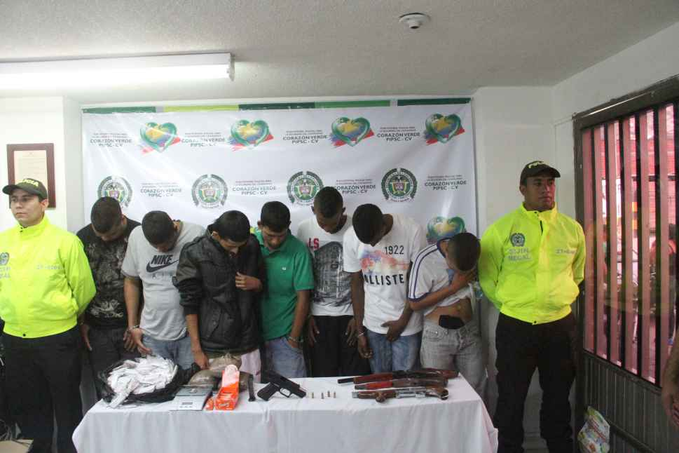 """En Yumbo capturan presuntos integrantes de  la banda """"Los Pájaros"""""""