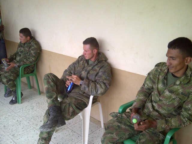 Indigenas liberaron militares en Caldono, Cauca