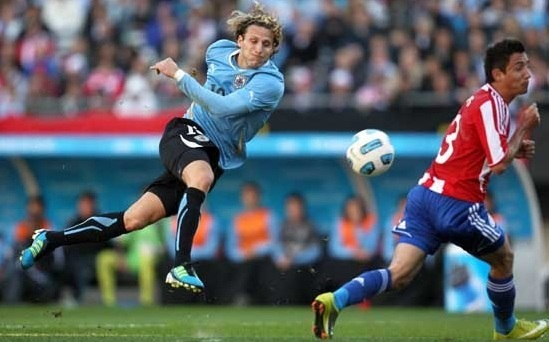 El empate 1-1 entre Uruguay y Paraguay cayó mal a los hinchas