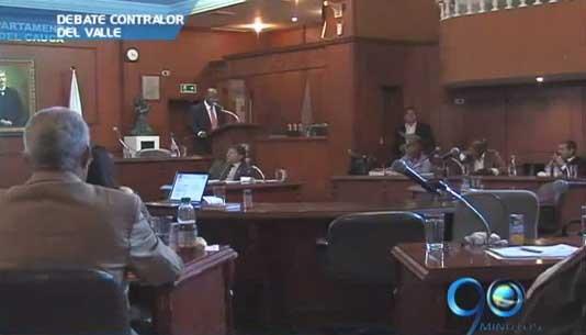 Contralor del Valle responde en la Asamblea por presuntas irregularidades