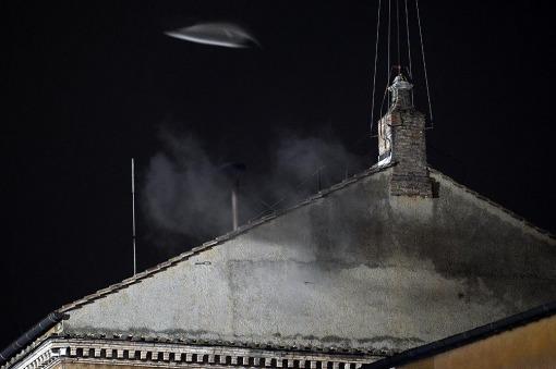 Fumata negra en el Vaticano