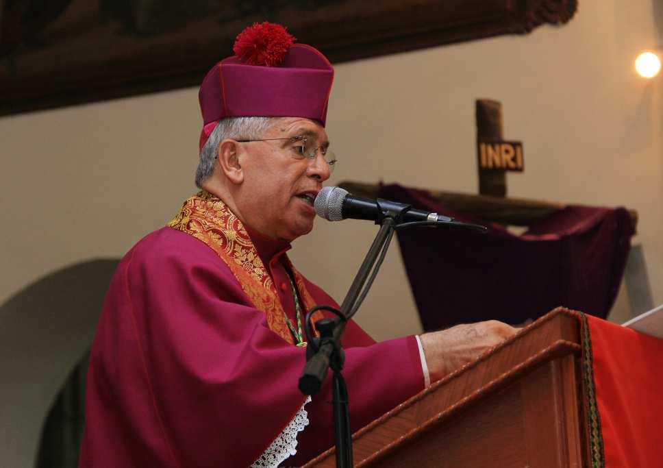 Diálogos con la guerrilla son una luz de esperanza en busca de la paz: Monseñor