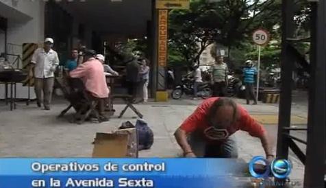 Operativos de control de espacio público en la Avenida Sexta