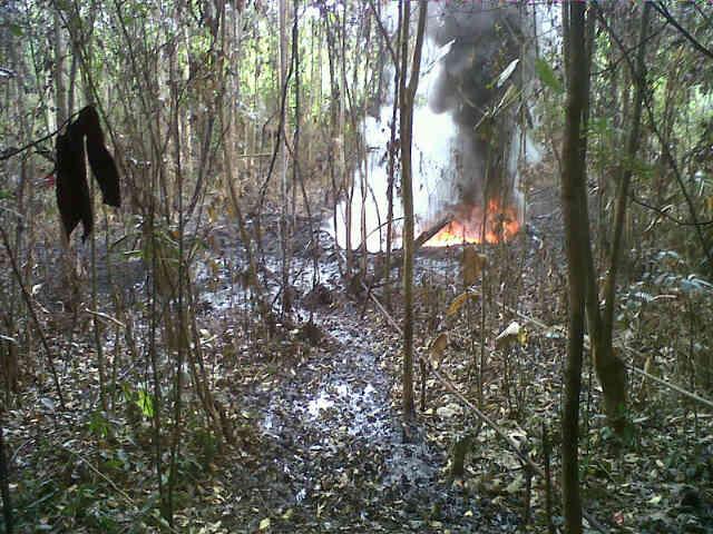 Ejercito destruye refinería ilegal en Nariño