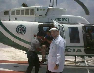 Dos heridos al precipitarse a tierra un avión ultraliviano
