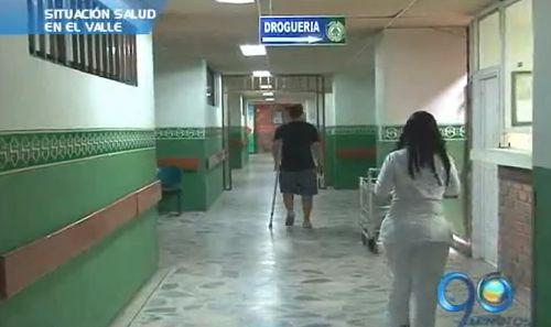 Superintendente de Salud analiza situación de hospitales en el Valle