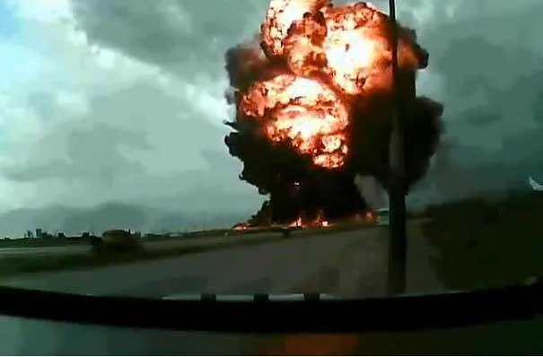 Causa revuelo aterrador vídeo de explosión de un avión al momento de despegar