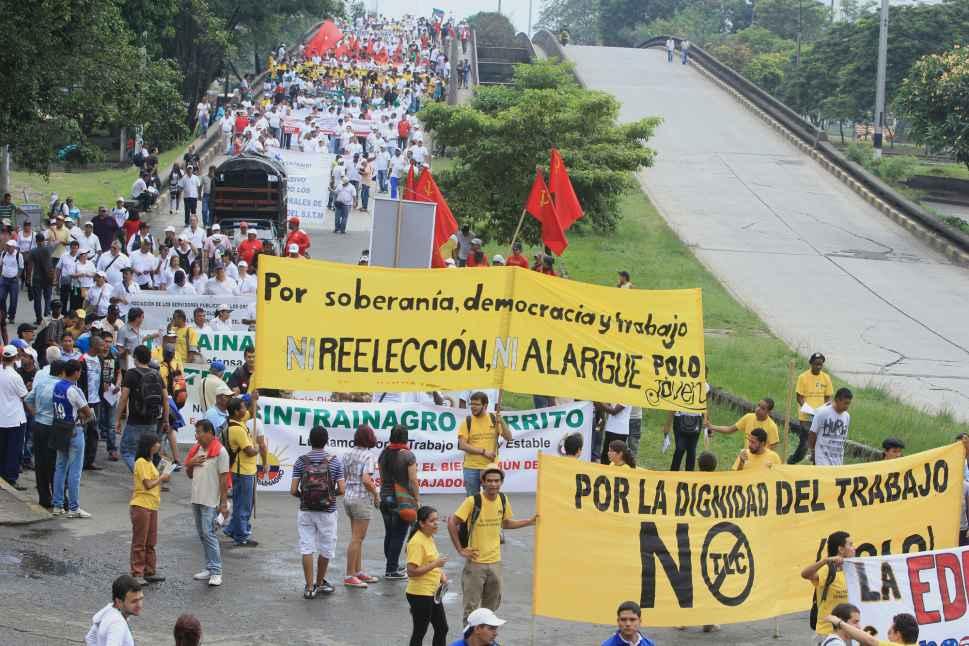 Obreros caleños marcharon en el Día del Trabajo