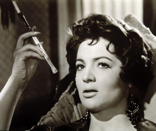 A los 85 años, murió la actriz y cantante española, Sara Montiel