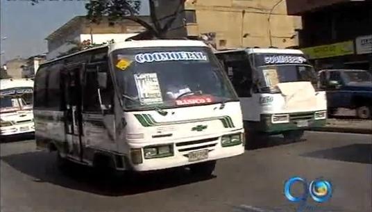 Ordenan a Tránsito en Cali, reintegrar 20 buses de Coomoepal