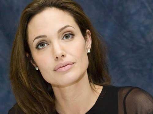 Tía de Angelina Jolie fallece de cáncer de mama