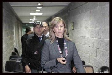 Defensa apela llamado a juicio a la ex senadora Toro