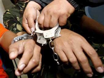Policía captura a dos integrantes de bandas criminales