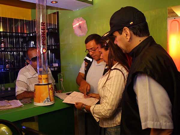 En Cali, cierran 25 negocios nocturnos en el Día de la Madre