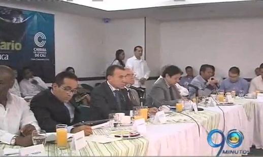 Bloque parlamentario discutió devolución de Emcali al municipio