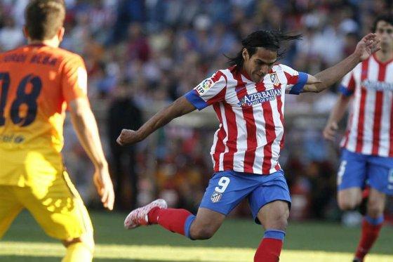 Falcao le marcó al Barza, pero no alcanzó para superar al campeón español