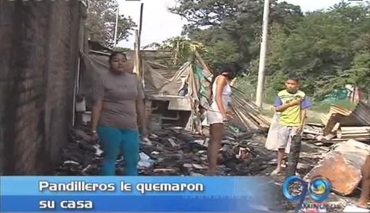 Pandilleros le queman la casa a una familia en el distrito de Aguablanca