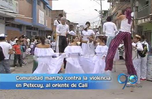 Marcha contra la violencia en barrio Petecuy de Cali