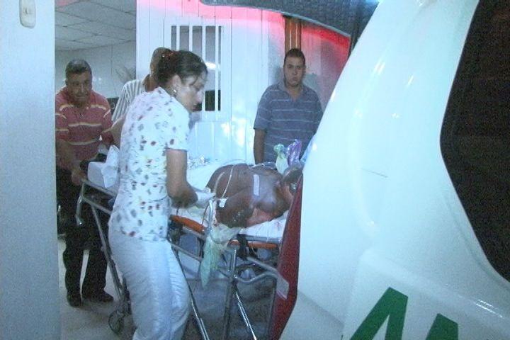 Un rayo causó heridas a 2 militares al norte del Valle
