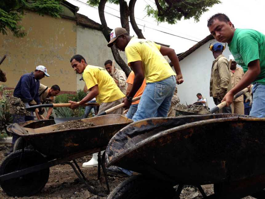 Reclusos de Villahermosa taparon los huecos de Cali