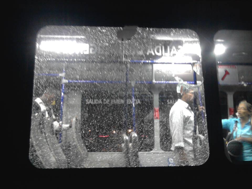 Cinco personas heridas en un ataque contra bus del MÍO