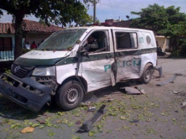 Ataque a patrulla deja cuatro policías heridos en Puerto Tejada