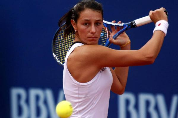 Mariana Duque remontó y avanzó a la segunda ronda en Wimbledon