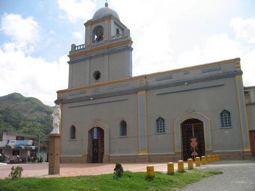 Asesinan y secuestran familiares de ex alcalde de Rosas, Cauca