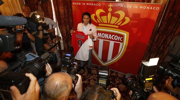 Radamel Falcao fue presentado como nuevo jugador del AS Mónaco