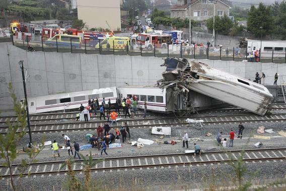 Accidente ferroviario enluta a España
