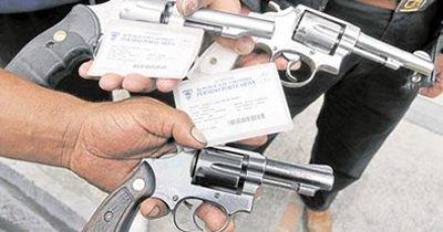 Suspenden permisos para porte de armas en la capital del Valle