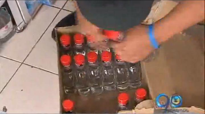 Policía incauta 46.000 botellas vacías de Aguardiente Blanco