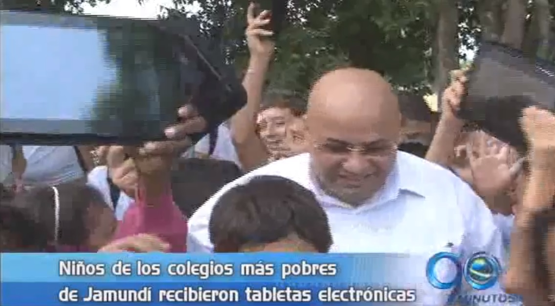 Alcaldía de Jamundí donó tabletas electrónicas a estudiantes