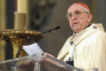El Vaticano endurece penas contra los curas criminales