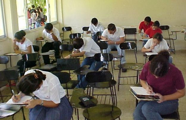 Controlaría de Cali  tiene en la mira encargados de los colegios de ampliación de cobertura.