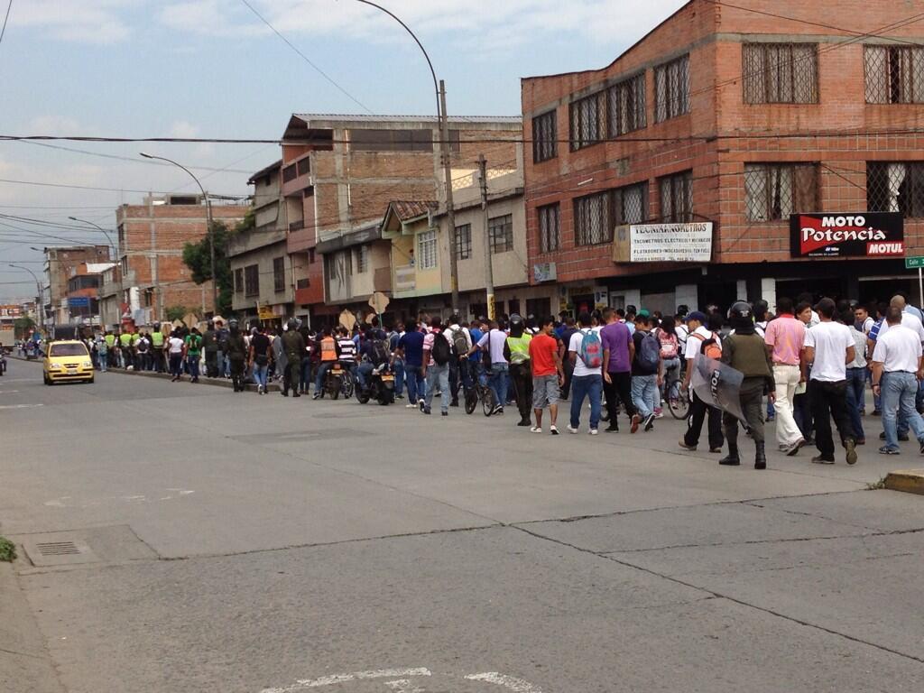 Estudiantes del Sena marchan para unirse al paro agrario