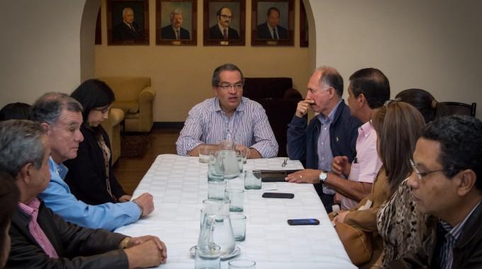 Gobierno se prepara con  empresarios del Cauca para el próximo paro