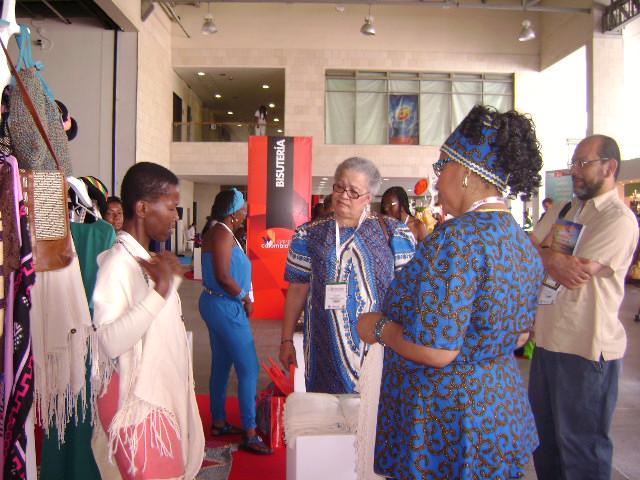 Cumbre Afro: muestra empresarial, todo un éxito en la cumbre