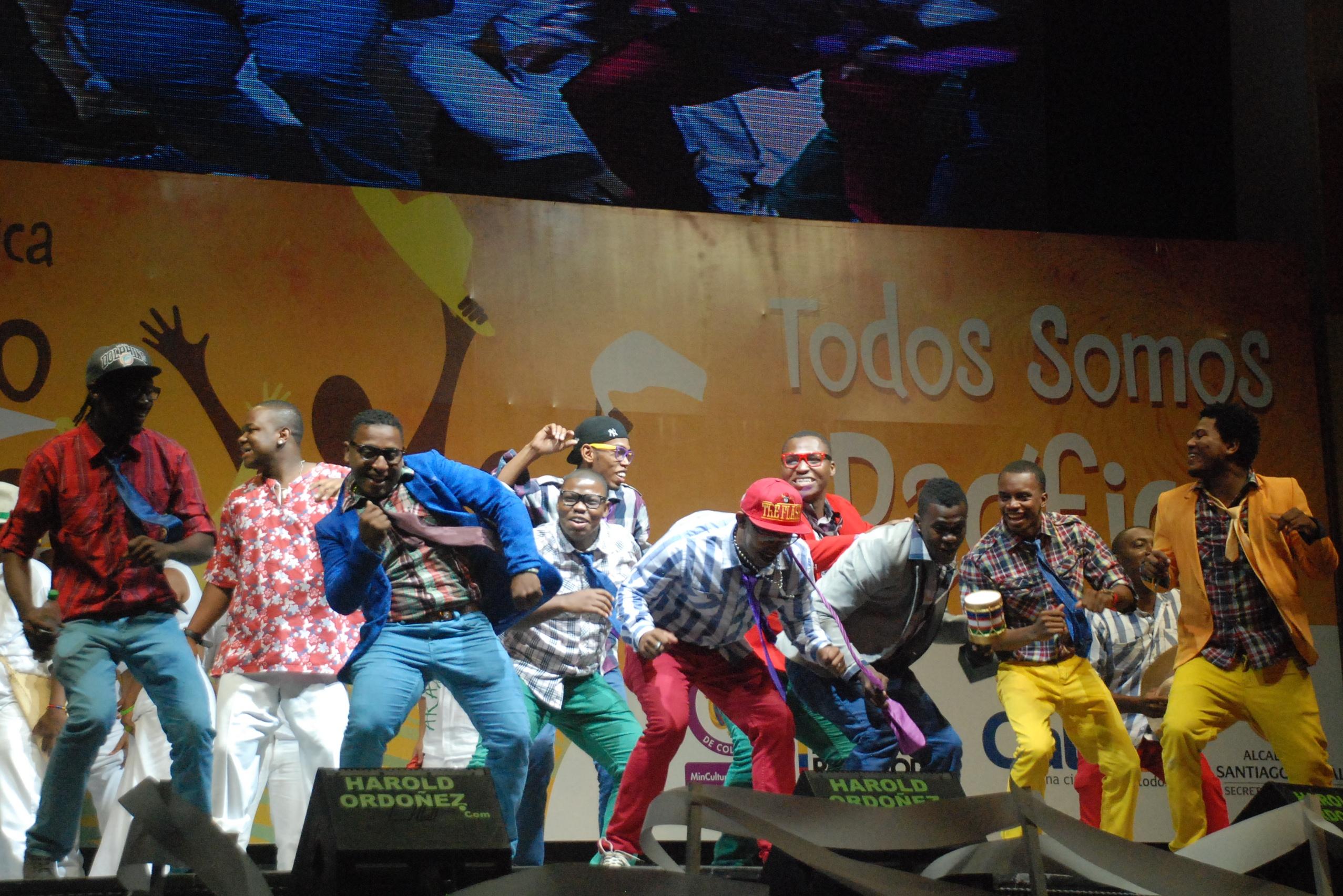 Petronio: Culminó el festival con las cuatro mejores agrupaciones